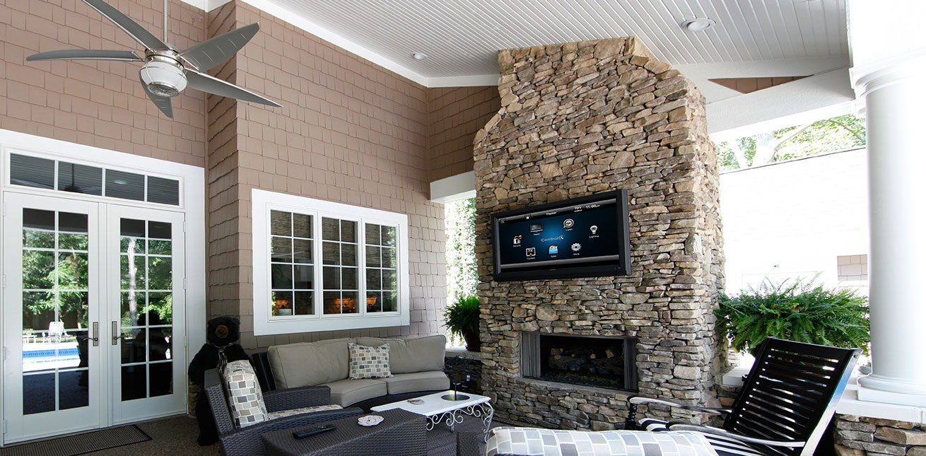 Luxurious Covered Patio Complete With Flat Screen